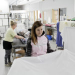 Korona hiljensi ravintoloiden pyykkirallin – kiireisimpinä päivinä pesulassa pyöritetään pyykkiä 22 koneellista