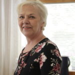 Anne Ala-Herttualalla alkoi työ viidennessä ammatissa – asiakkaalle on jätettävä aikaa olla huomion keskipisteenä