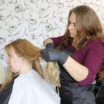 Lylyn kylä Juupajoella sai uuden yrittäjän – Jenny Kuusniemi avasi entiseen Merosen kauppaan parturi-kampaamon