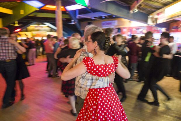 Tanssit Rönnin lavalla