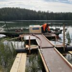 Ylimmäinen Savijärvi sai alumiinikloridisuihkun – suojeluyhdistys pyrkii eroon sinilevästä