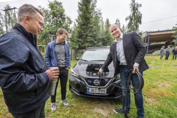Vähäpäästöiset autot Rönnissä