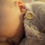 Vauvan nälkä ei katso aikaa eikä paikkaa – ei hätää, jos eväät aina lähellä