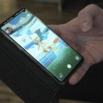 Peli houkuttelee luontoon – Länkipohja saa osansa Pokemon Go -harrastaja Markos Koskisen mobiilirastiradasta