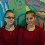 Paikalliset nuoret esiintyjinä ja tekijäryhmässä Kampuksen mainosvideolla – TAMKin opiskelijoille mieluinen asiakasprojekti, jossa kahlattiin lammessa ja kierreltiin Kampusta valopallon perässä