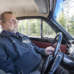 Se on aina juhlapäivä, kun Erkki Kalkku lähtee vuoden 1965 Volvollaan tien päälle