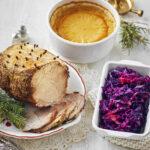 Valmiiseen joulupöytään pääsee vielä istahtamaan – apua saa myös aattoillan ruokien laittoon