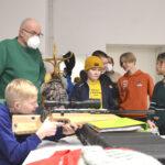 Valtuustoaloitteesta tuli totta – metsästyskerho toimii nyt Oriveden Yhteiskoululla ja mukana on lähes 30 nuorta