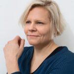 Virtuaaliset kirjailijavierailut paikkasivat oikeiden puutetta, Länkipohjan oppilaat tapasivat etänä Paula Norosen