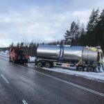 Rekat ottivat kylkikosketuksen Talviaisissa – raivaustyö ruuhkauttaa Ysitien liikennettä