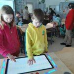 Digiajan lapset tekevät yhdessä muutaman minuutin animaatioita – motivoiva masiina jää Oriveden koulujen iloksi hankkeen päätyttyäkin