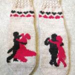 Lukijan kuva: Varjolähettilään sukissa on tanssia