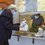 Ruoan ulosmyynti lähti ripeämmin käyntiin kuin vuosi sitten – ravintolat kehittelevät uusia palveluja sulkuviikoille