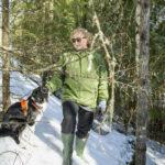 Outi Pylkki haluaa turvata puronvarren säilymisen luonnontilaisena – arvokkaiden elinympäristöjen vapaaehtoinen suojelu kiinnostaa yhä useampaa metsänomistajaa