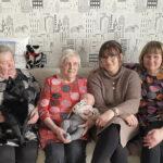 Lukijan juttu: Viisi sukupolvea perhekuvassa