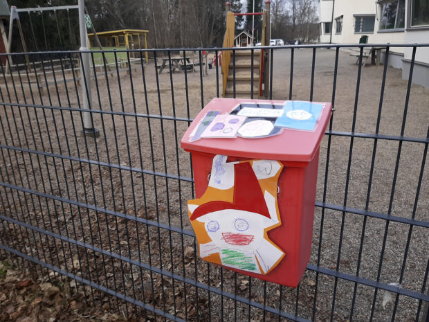 Orivarsan päiväkoti, postilaatikko