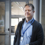 """Perhetutkimuksen professori Kimmo Jokinen: """"Voiko olla vaikkapa kolmen aikuisen avioliitto?"""""""