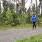 Toimittaja testasi: Sauvakävely on erinomainen liikuntamuoto myös nuorille