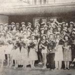 50 vuotta sitten: Valkolakkeja, ruusuja ja todistuksia – Oriveden Yhteiskoulun 47. lukuvuosi päättyi