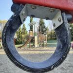 Leikkipuistot laitetaan Orivedellä kuntoon yhdessä kuntalaisten kanssa – katso 360-kuvasta, millainen on Kaupinrinteen leikkikenttä tällä hetkellä