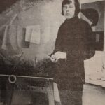 """50 vuotta sitten: """"MISTÄ PÄÄSEE SIITAMAAN?"""" – PULMALLINEN TIENVIITTAONGELMA sekä Timo Musturin taidenäyttely Kievarissa"""
