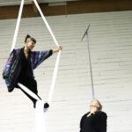 """Pitkät sormet haalivat Orivedelle sirkustaiteilijoita – """"Orivesi on uusi Berliini"""""""