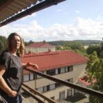 Palkittu ohjaaja Kirsi Marie Liimatainen majoittui Oriveden Kampuksella – ohjaamisessa kiehtoo kokonaiskuvan hallinta