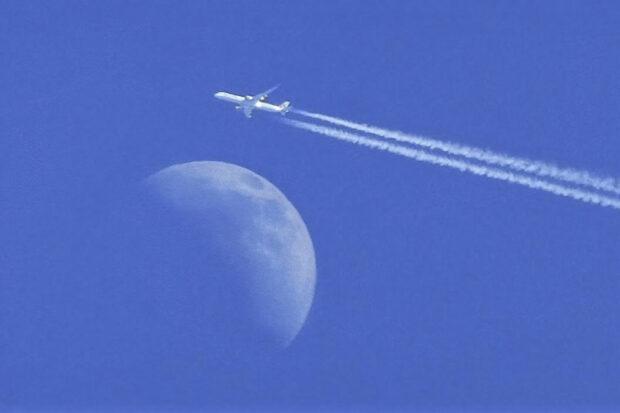 Lukijan kuva, lentokone