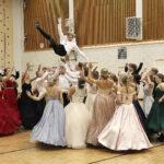 Wanhat pääsivät vihdoin tanssimaan – katso huima kuvagalleria tämän päivän tansseista!