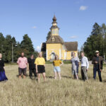Ensi vuonna juhliva kirkko saa loistokkaan lahjan – Längelmäen kirkon kaikki yksityiskohdat on mitattu ja piirretty upeisiin kuviin