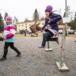 Epävarmuus koulun tulevaisuudesta varjosti Hirsilän kylätapahtumaa